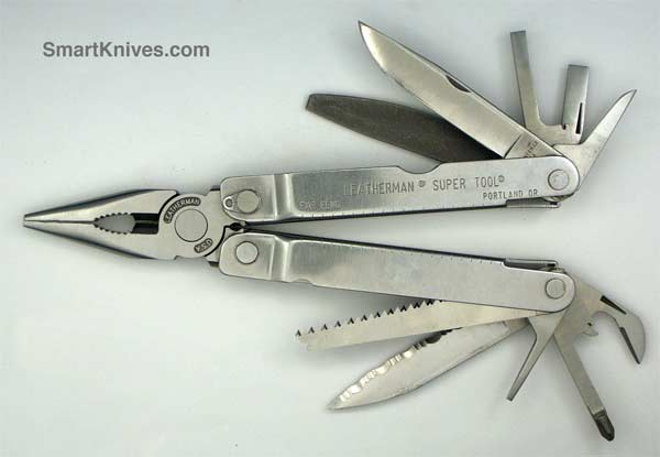 how to close a leatherman super tool knife